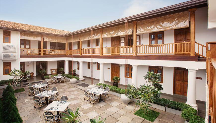 Yara Galle Fort hotel front